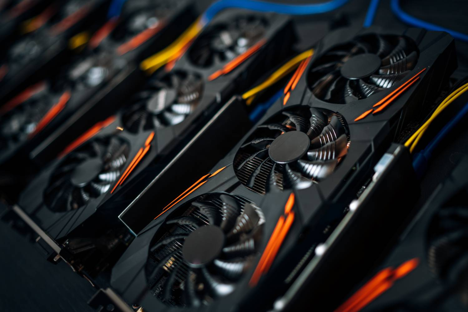 Investing in cryptocurrency mining: GPU rigs - Cudo Miner